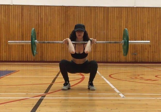 postpartum-weightlifting